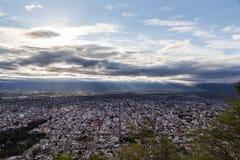 Sikt av Salta från San Bernardo Arkivbilder