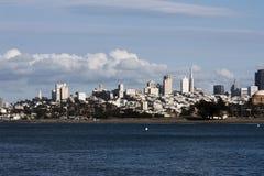 Sikt av San Francisco City From Bay Arkivbild