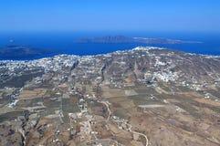 Sikt av Santorini som ses från över Arkivbild