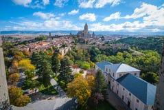 Sikt av Segovia via Alcazar arkivfoton