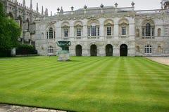 Sikt av senathuset på Cambridge, England Arkivbilder