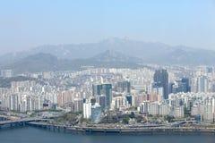 Sikt av Seoul från 63 som bygger Arkivfoto