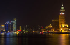 Sikt av Shanghai Pudong horisont på natten Fotografering för Bildbyråer