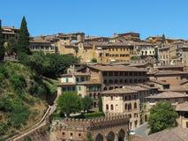Sikt av Siena den gamla stadsmitten Royaltyfria Bilder