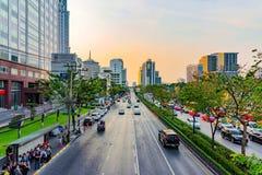 Sikt av Silom det finansiella området i Bangkok Royaltyfria Bilder