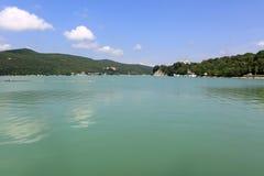Sikt av sjön Abrau Fotografering för Bildbyråer