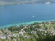 Sikt av sjön Annecy från över royaltyfri bild