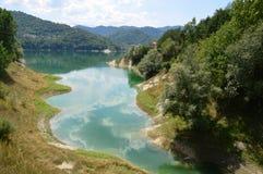 Sikt av sjön av Salto i Abruzzo, Italien 53 Royaltyfria Bilder