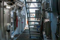 Sikt av skepp` s eller skytteldäcket Onboard marin- jobb royaltyfria foton