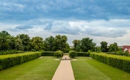 Sikt av slottträdgården, Tjeckien Royaltyfria Bilder