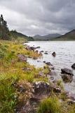 Sikt av Snowdon från Llyn Mymbyr i Snowdonia Arkivfoton