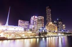 Sikt av Southbank område i Melbourne, Australien Arkivbilder