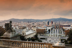 Sikt av spanjormomenten i Barcelona Arkivbilder