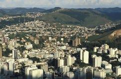 Sikt av staden av Juiz de för a, Minas Gerais, Brasilien Arkivfoton