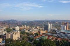 Sikt av staden av Kampala Arkivbilder