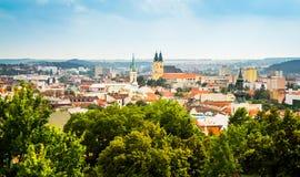 Sikt av staden av Nitra, Slovakien Arkivfoton