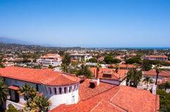 Sikt av staden av Santa Barbara, Kalifornien, USA Royaltyfri Fotografi