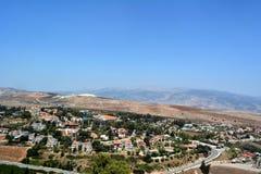 Sikt av staden Metula från Golan Heights i Israel Royaltyfria Foton