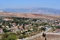 Sikt av staden Metula från Golan Heights i Israel Royaltyfria Bilder