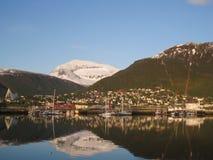 Sikt av staden Tromso Royaltyfri Fotografi