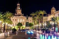 Sikt av stadshuset i Cadiz, Spanien Royaltyfria Bilder