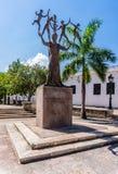 Sikt av statyn av Eugenio Maria de Hostos i San Juan Puerto Rico Fotografering för Bildbyråer