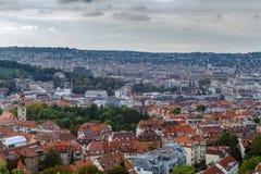 Sikt av Stuttgart från kullen, Tyskland Arkivfoton