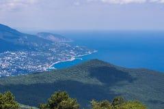 Sikt av sydkusten av Krim Royaltyfri Fotografi