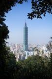 Sikt av Taipei 101 från elefanten Mt Royaltyfria Foton