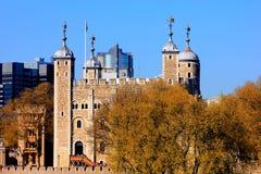 Sikt av tornet av london Arkivfoto