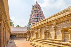 Sikt av tornet på den Ramaswamy templet, Kumbakonam, Tamilnadu, Indien - December 17, 2016 Royaltyfri Fotografi