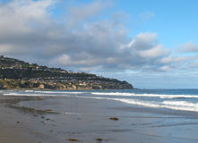 Sikt av Torrance Beach och Palos Verdes Peninsula i Kalifornien Royaltyfri Bild