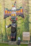 Sikt av totem i Duncan - Kanada royaltyfria bilder