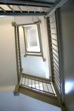 Sikt av trappuppgången som vänder som ser upp Royaltyfri Fotografi
