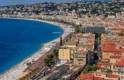 Sikt av trevlig cityscape p? den gamla staden Vieille Ville i Nice franska Riviera p? medelhavet, skjul d' Azur Frankrike royaltyfri foto