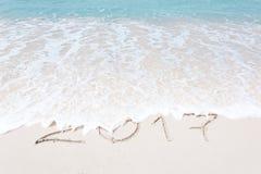Sikt av trevlig jul och stranden för tema för nytt år den tropiska Arkivbild