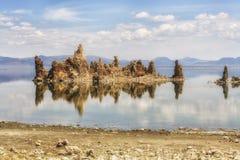 Sikt av tufabildande på den mono sjön, Kalifornien, USA Fotografering för Bildbyråer