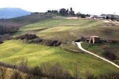 Sikt av Tuscany kullar arkivfoton