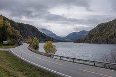 Sikt av Vangsmjos nära Vang, Norge Royaltyfria Foton