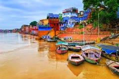 Sikt av Varanasi på floden Ganges, Indien Arkivfoto