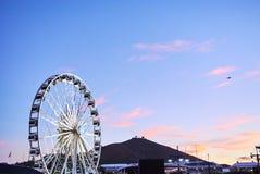 Sikt av Victoria och den alfred strandhamnen på solnedgången Royaltyfri Foto