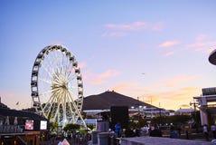 Sikt av Victoria och den alfred strandhamnen på solnedgången Fotografering för Bildbyråer
