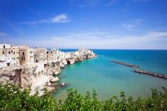 Sikt av Vieste, Italien Royaltyfria Bilder