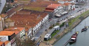 Sikt av Vila Nova de Gaia från Porto, Portugal royaltyfri bild