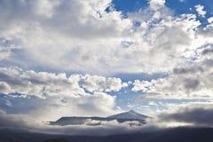 Sikt av vulkan Teide i Tenerife, Spanien Royaltyfri Bild