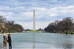 Sikt av Washington Monument från Abraham Lincoln Memorial Washington DC, USA Royaltyfri Foto