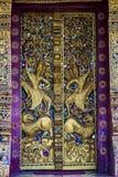 Sikt av wat Phaphay i Luang Prabang, Laos royaltyfria foton