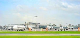 Sikt Changi för internationell flygplats Arkivfoton