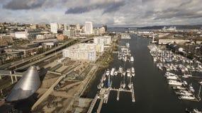 Sikt för öga för fågel` s av Thea Foss Waterway i Tacoma Washington arkivfoto