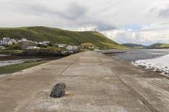 Sikt för Aberystwyth hamnvågbrytare Royaltyfria Bilder
